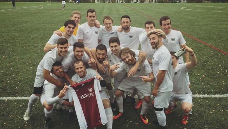 5 Sponsor Tim Sepak Bola Paling Aneh gan ,