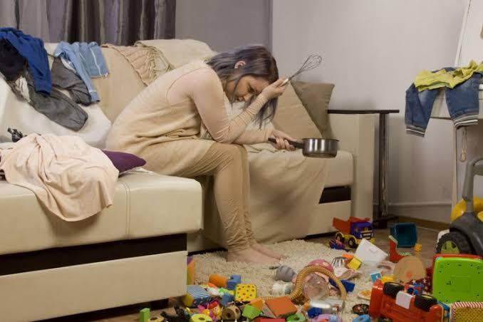 Menjadi Ibu Rumah Tangga Itu Jenuh!! Kenapa Solusinya Banyak Yang Selingkuh?