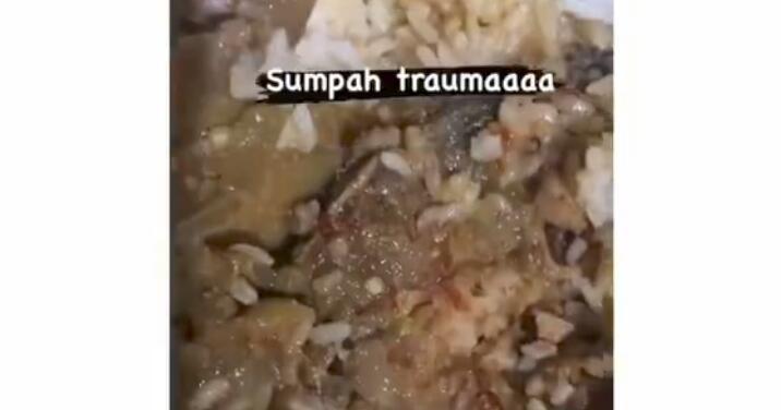 Hati-hati Memesan Nasi Bungkus, Wanita Ini Temukan Banyak Belatung di Makanannya!