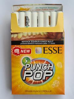 Gaya Merokok Anak Muda Zaman Modern