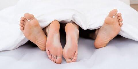 Benarkah Berhubungan Badan Bersama Pasangan Harus Sesuai Dosis?Cek Faktanya