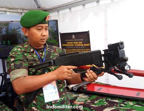 CornerShot - Senjata yang Diandalkan Untuk Pertempuran Jarak Dekat