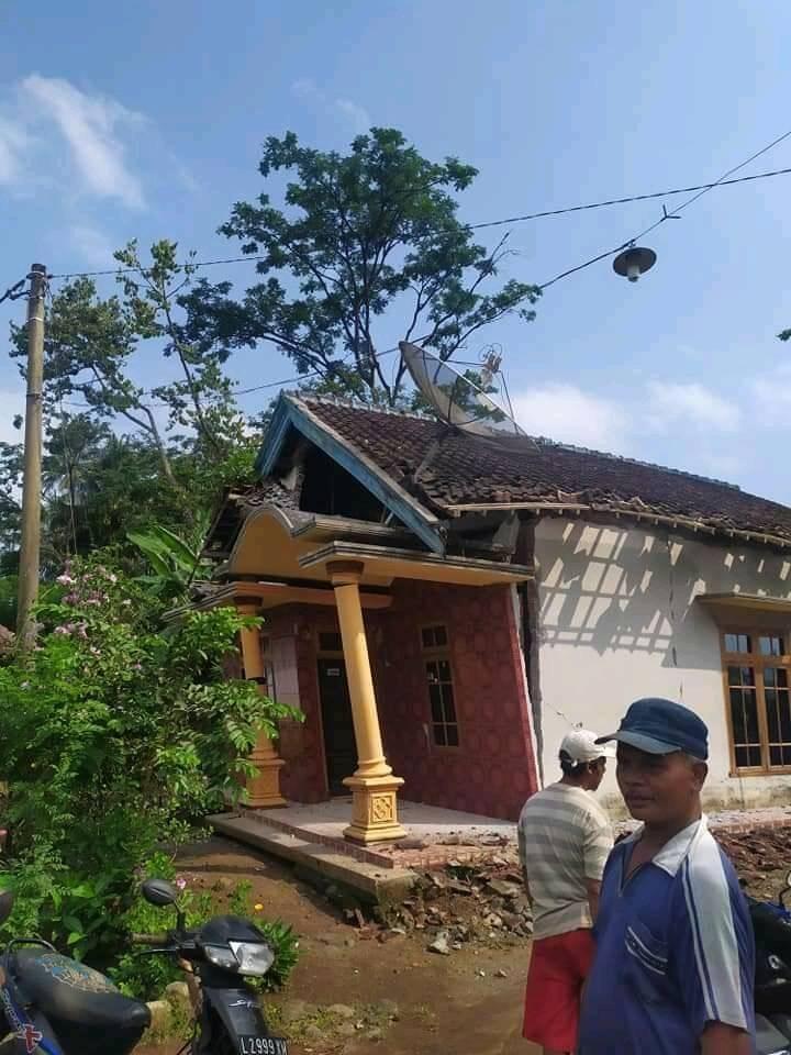 Terkini! Foto-foto Dampak Kerusakan Gempa Malang