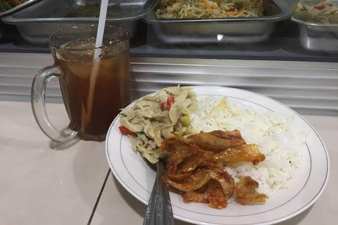 Antara Restoran Padang Vs Warteg, Manakah Yang Paling Agan Suka?