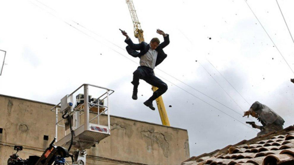 5 Pekerjaan Berbahaya ini ternyata punya Gaji Selangit, loh!