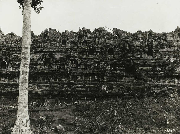 Ancaman Dan Kesulitan Yang Dialami Candi Borobudur Untuk Berdiri Kokoh Kembali
