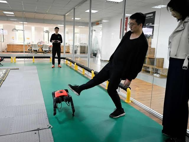 Tech-Wars ASU, AlphaDog Siap Menantang Spot Buatan Boston Dynamics