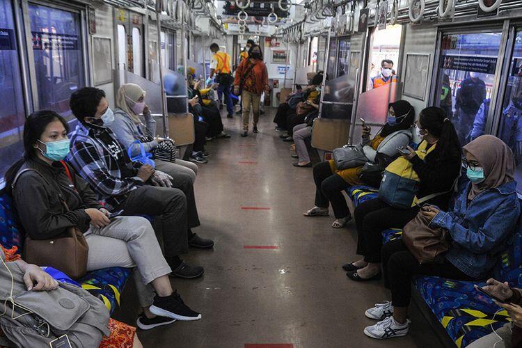 Nah Ini, Penumpang Commuter Line Boleh Makan dan Minum