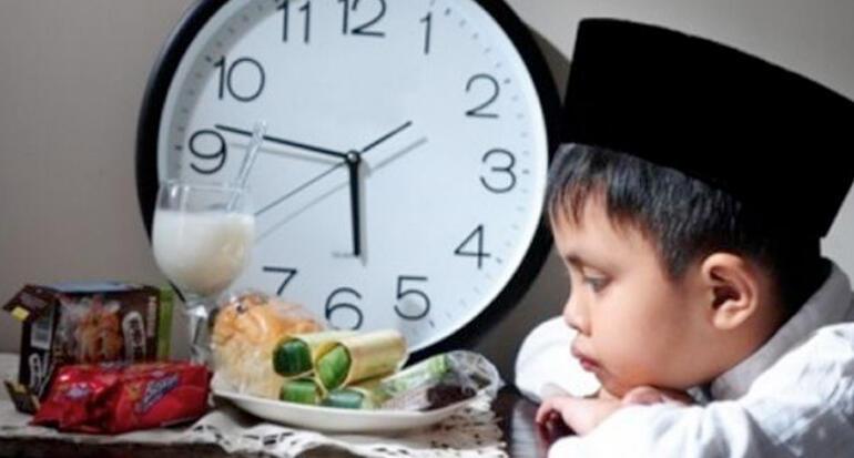 Nostalgia Zaman Old! 5 Hal yang Sering Dilakukan di Bulan Ramadhan, Lucu dan Rindu!