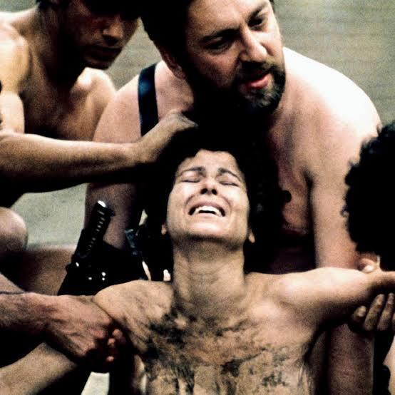 5 Film Yang Penuh Adegan Sadis Dan Dilarang Tayang Dibeberapa Negara