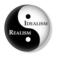 Agan Penulis Idealis atau Penulis Realistis?