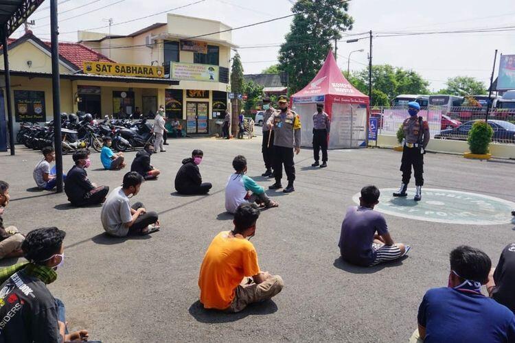 Dulu Permainan Sekarang Jadi Bentuk Tawuran, Inilah Aksi Perang Sarung Bulan Ramadhan