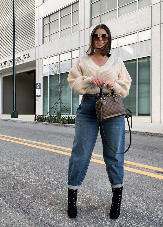 Trik Padu-Padan Sweater untuk Tubuh Gemuk. CARA PAKE SWETAER BUAT TUBUH GEMUK!