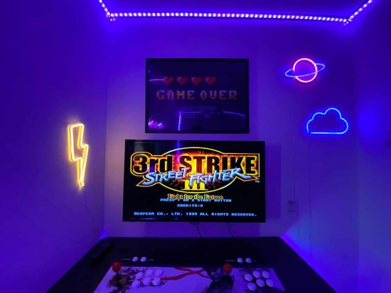 Serunya Staycation di Gaming Room Bareng Temen Saat Ramadhan