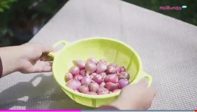 Tips Menyimpan Bawang Merah dan Bawang Putih Agar Tidak Cepat Busuk!