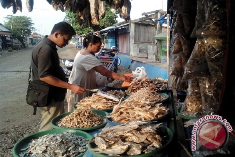 Oleh Oleh Ikan Kering Di Malabero, Banyak UMKM disini