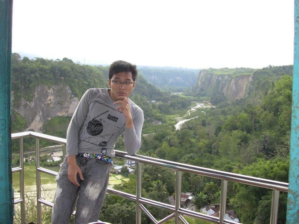 Ngabuburit Nan Irit Di Kota Paris Van Sumatera