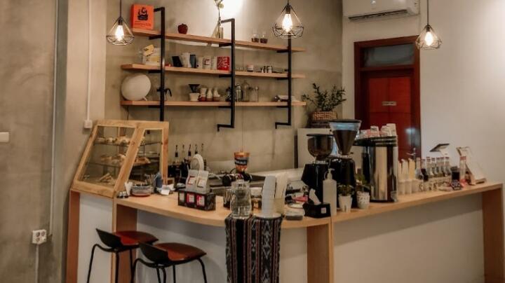 Nongkrong Asik dan Keren? Kunjungi Happy Space Coffe