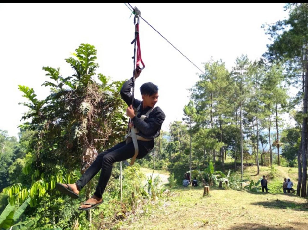 Gunung Pabeasan Malati: Spot Wisata Di Naringgul, Cianjur Selatan Yang Instagramable