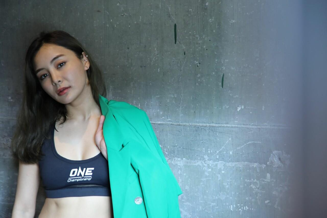 Gak Cuma Berotot, 3 Atlet MMA ONE Champsionship Ini Cantik Banget!