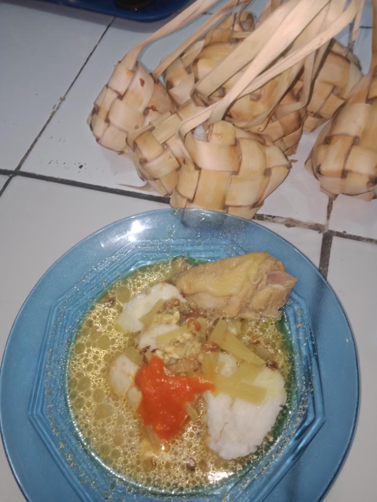 Ketupat Dan Opor Ayam Cara Mudah Dan Simple.