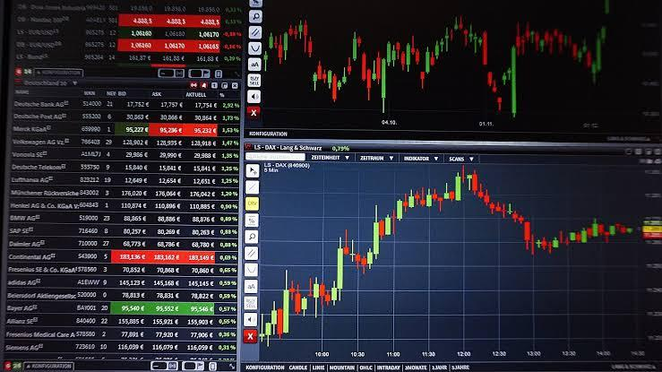 Menjadi Kaya Tak Harus Kerja di Luar Rumah, Pahami Trading Saham, Forex, dan Bitcoin