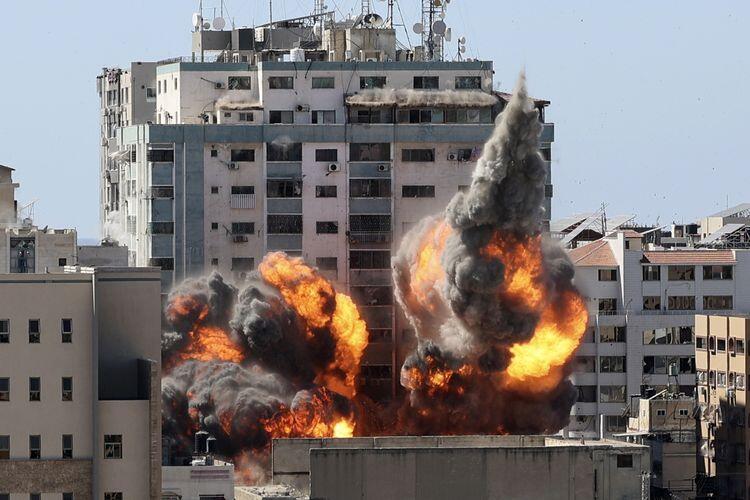 """""""Beri Kami 10 Menit"""", Detik-detik Menegangkan Israel Ledakkan Gedung Al Jazeera"""