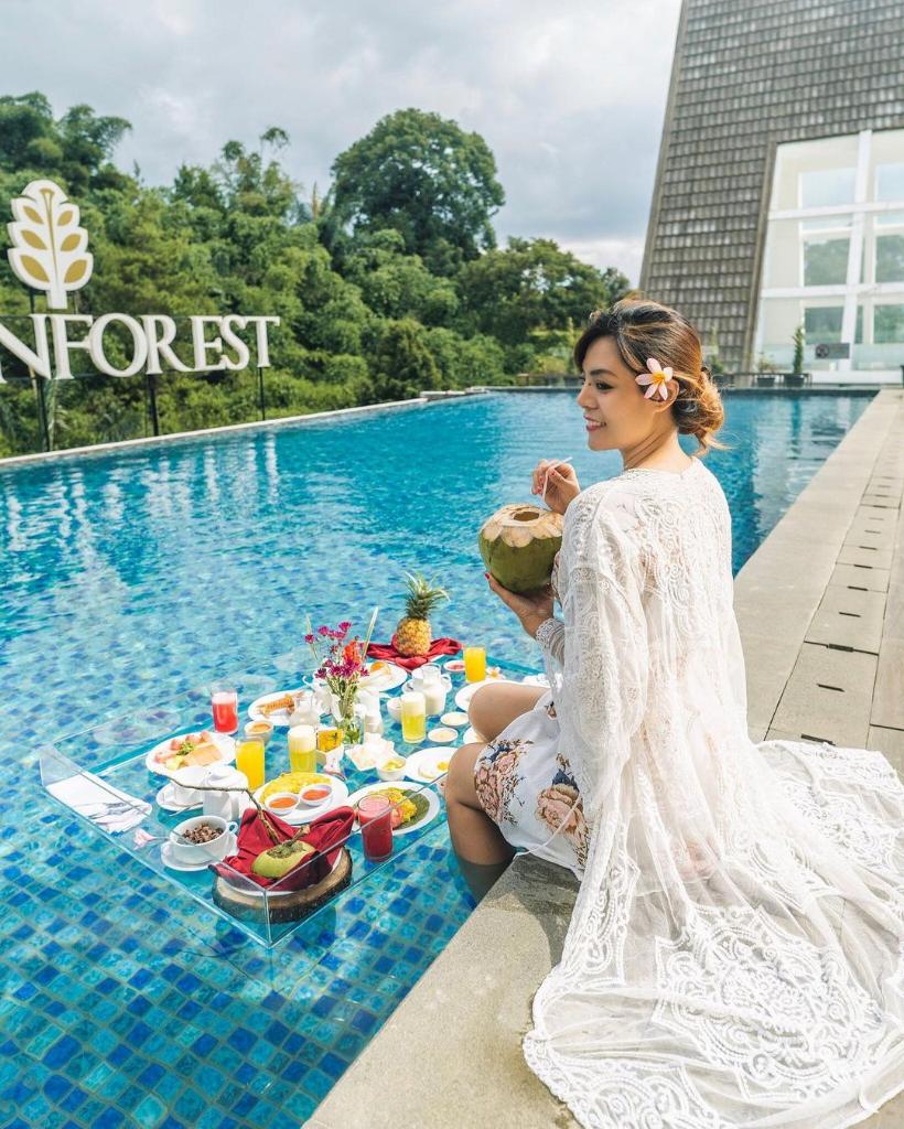 Horison Green Forest Resort Bandung, Hotel Unik Paket Komplit Tiada Duanya