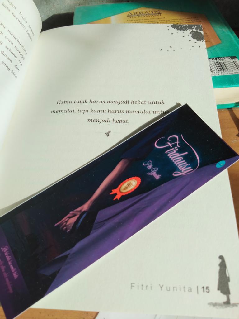 Review Buku Firdausy Karya Fitri Yunita