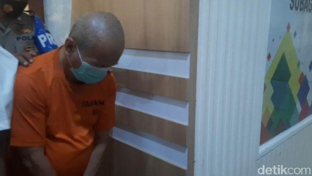 Penampakan Guru Ngaji di Jakut yang Cabuli 5 Murid Saat Ditangkap