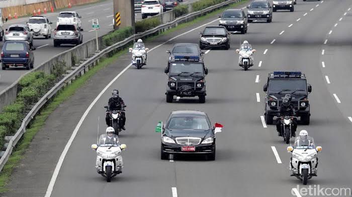 Apa Yang Terjadi Jika Polisi Menabrak Pengguna Jalan, Karena Menerobos Lampu Merah?