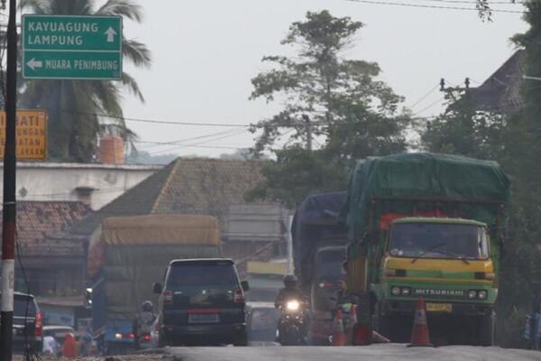 Kenapa Sih Bus Sumatera Banyak Yang Memakai Tameng?