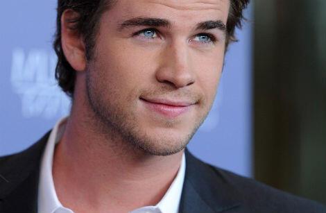 8 Aktor Tampan Yang Memiliki Warna Mata Terindah Versi Ane