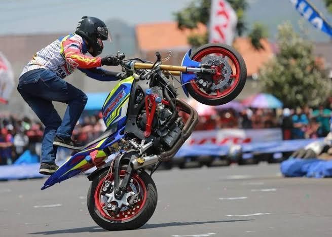 Freestyle Motor Liar Berbahaya, Banyak Yang Celaka!! Tapi Kok Ga Ada Kapoknya?