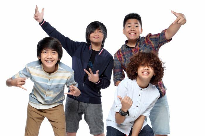 Populer, 5 Lagu Boy Band dan Girl Band Ini Pernah Hits di Indonesia loh!