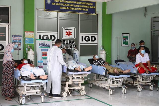 Epidemiolog: Jika Tak Ada Pengetatan, 1-2 Minggu Lagi Faskes Kolaps