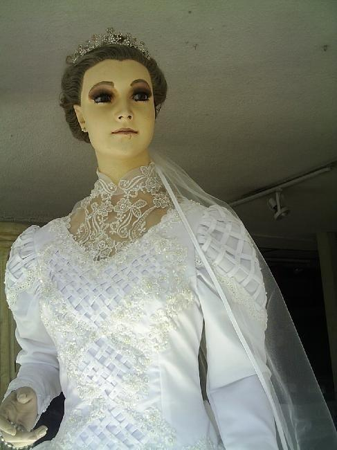 7 Boneka Ini Dipercaya Berhantu, Kalian Mau Mengoleksinya Juga?