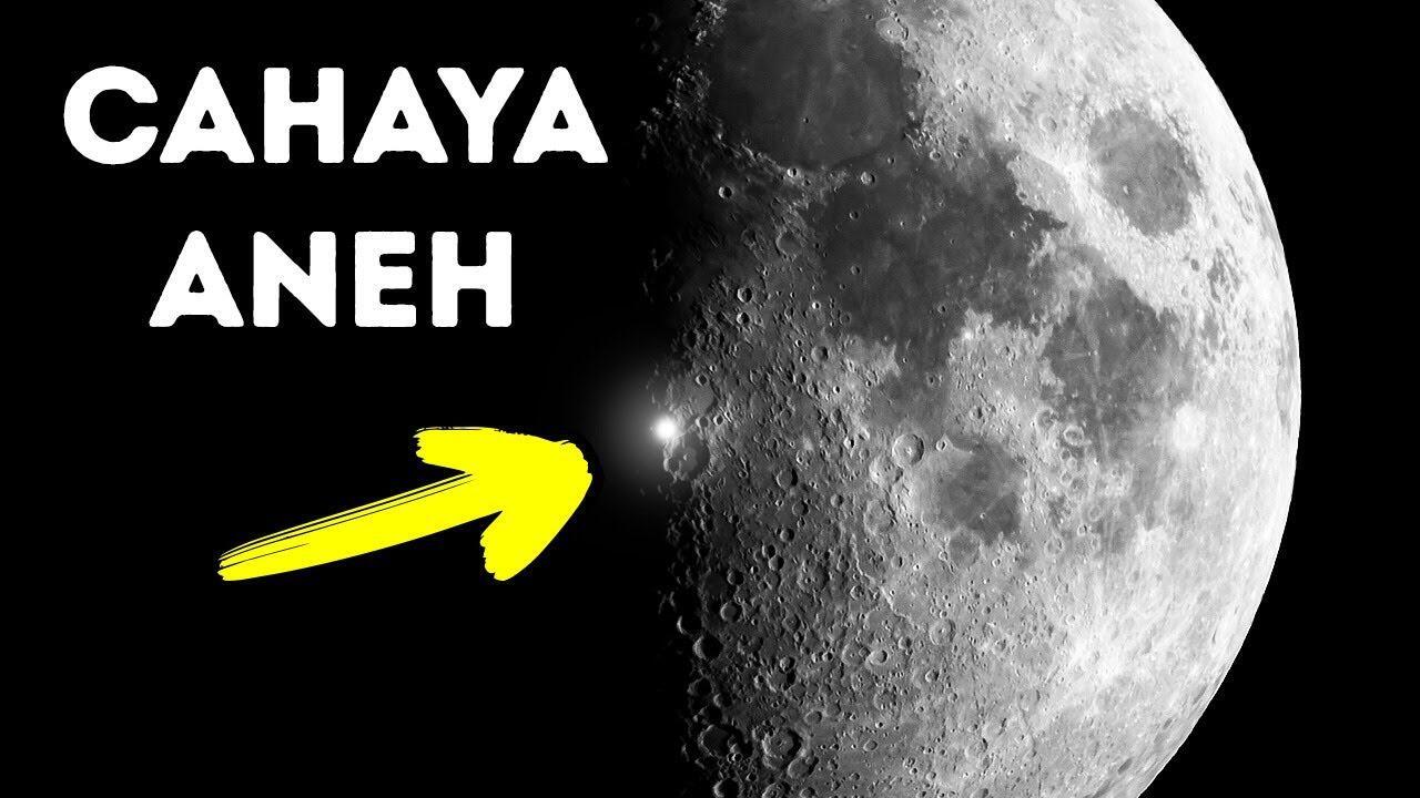 Ada Penampakan cahaya Kelap-kelip di bulan!!! Apakah itu?