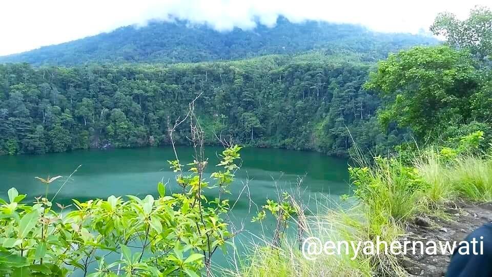 Legenda Danau Tolire di Ternate, Mitos dan Aroma Mistis yang Menyelubunginya