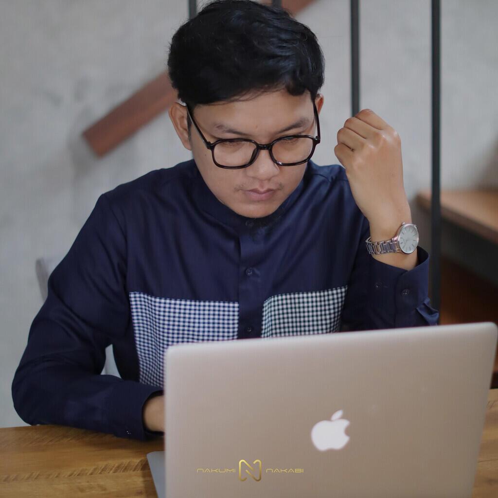 Meeting Online Tetap Ganteng Dan Rapi Pakai Nakumi Nakabi
