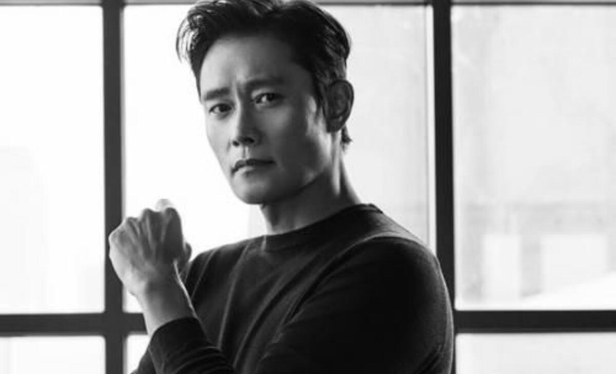 Lee Byung Hun Terlibat Produksi Film Romantis Netflix Amerika
