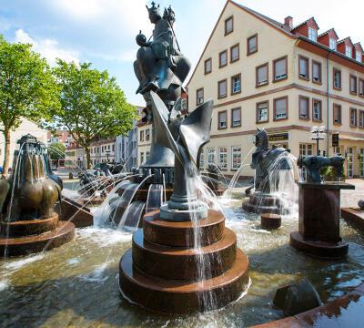 Tentang Kaiserslautern, Kota Sepakbola yang Punya Taman Dino