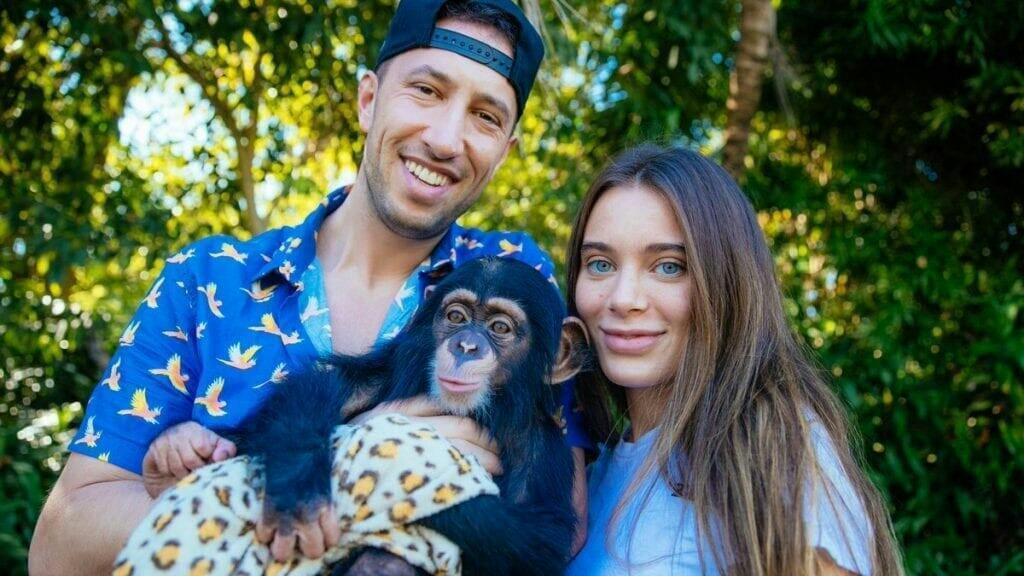 Lana Rhoades Mengumumkan Kehamilan! Netizen Penasaran Siapa Ayahnya?