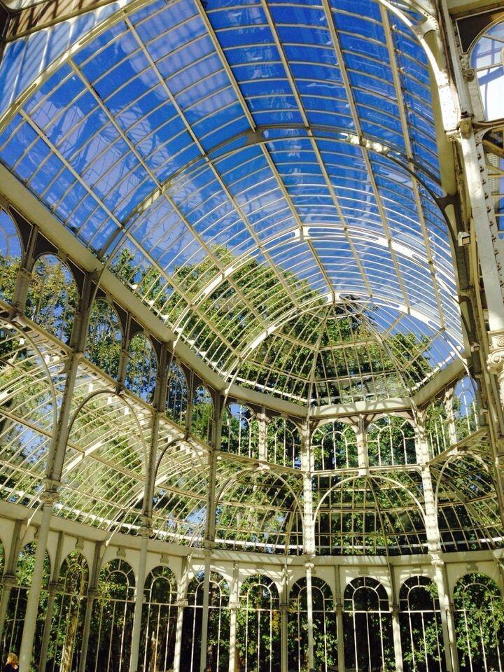Baru Masuk Dalam Situs Warisan Budaya UNESCO, Ada Apa Sih di Paseo Del Prado Madrid?