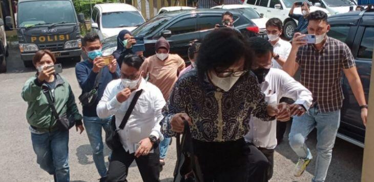Di Muka Polisi, Anak Akidi Tio Kembali Janjikan Pencairan Uang Rp2 Triliun Hari Ini
