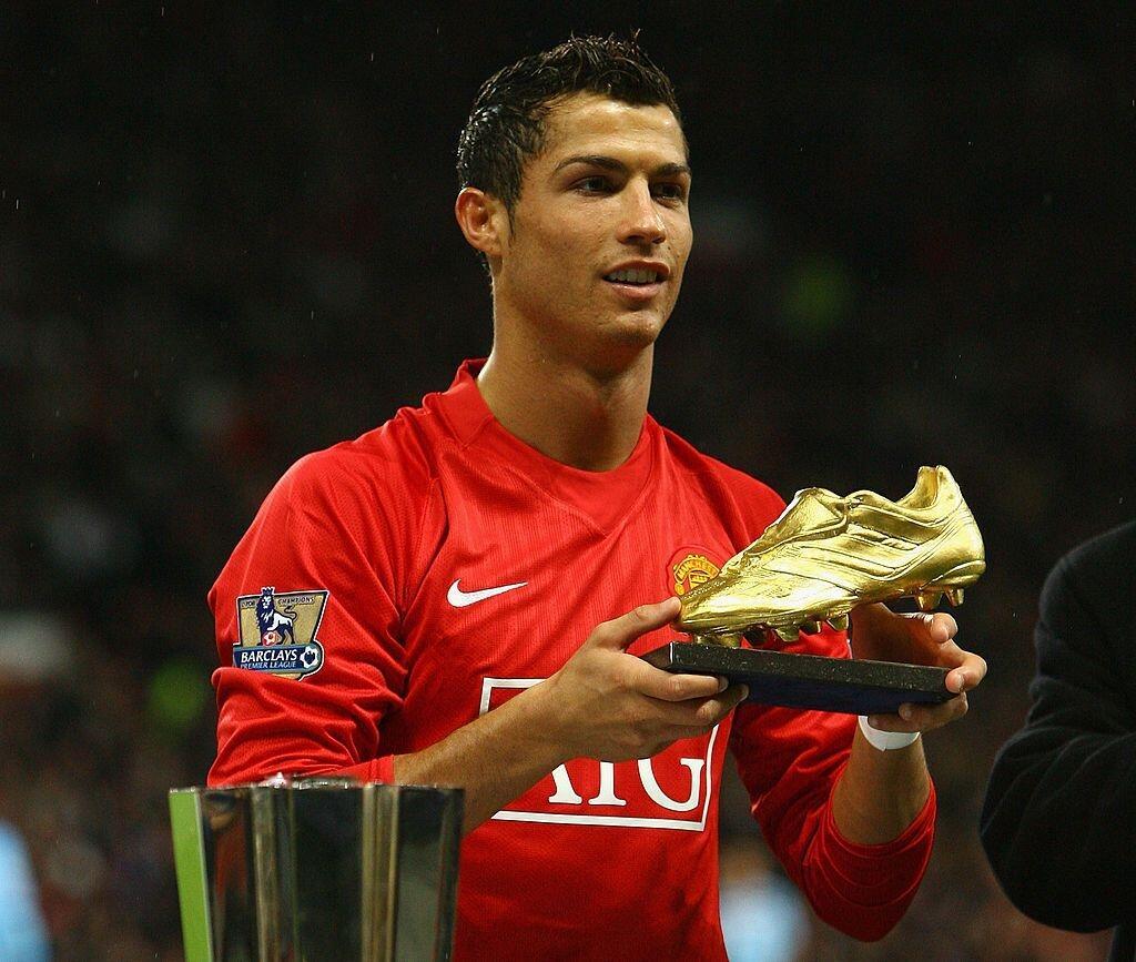 Keputusan Yang Tepat! 5 Alasan Kembalinya Cristiano Ronaldo ke Manchester United