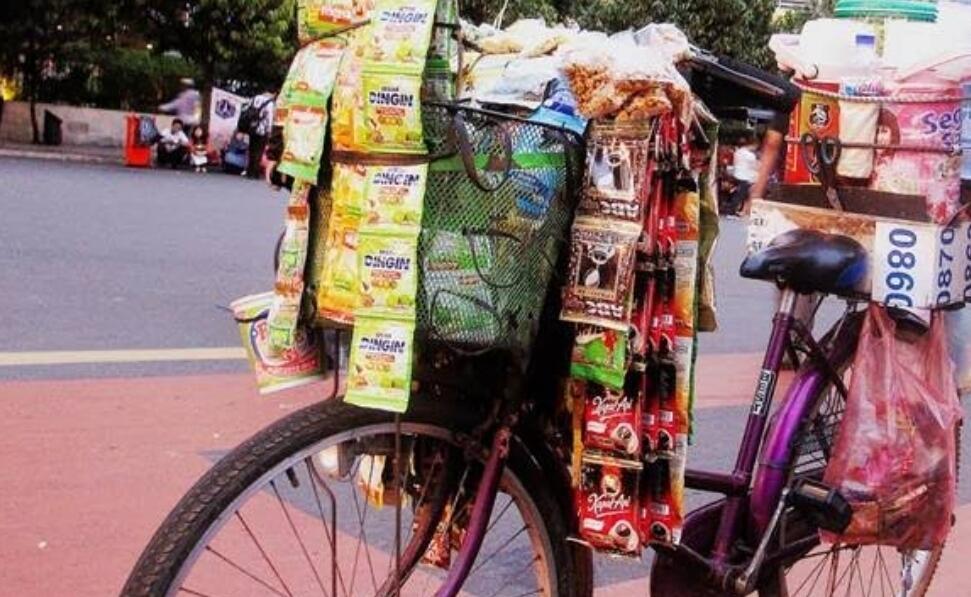 Ide Kreatif Penjual Starling Ini Layak Ditiru (Kuy, Ngupi Dulu)