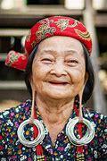 Dari Memanjangkan Kepala Hingga Leher Tradisi Suku Ini Unik Atau Ekstrem Yah?
