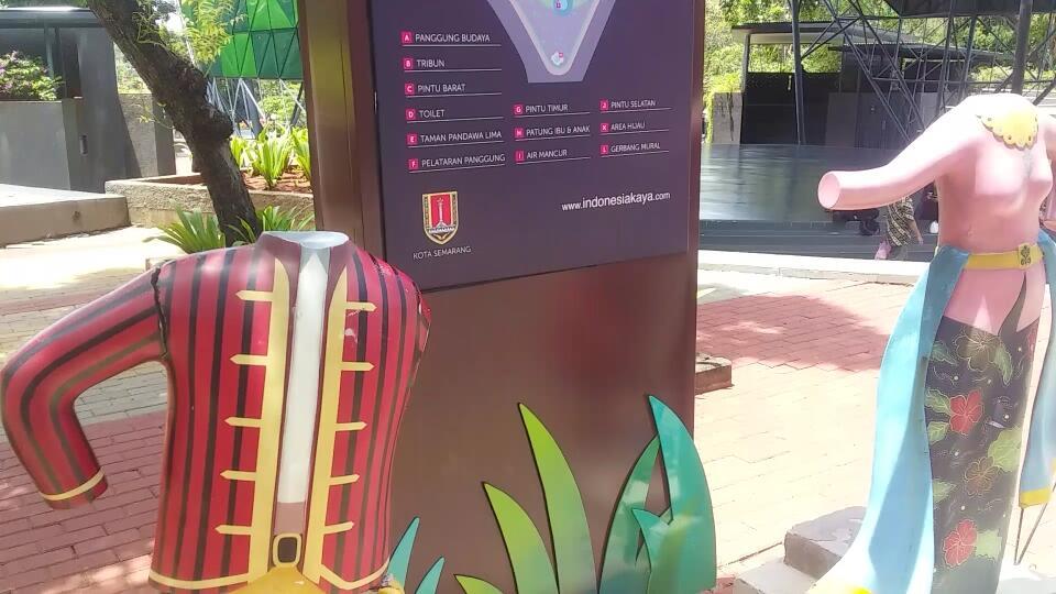Berwisata Hemat di Taman Kaya Indonesia Semarang