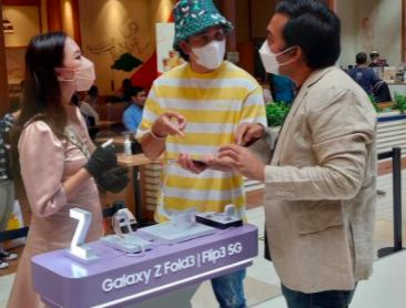 Tren Gadget Foldable Masa Kini Ala Samsung Ikut Dilirik Vino G. Bastian